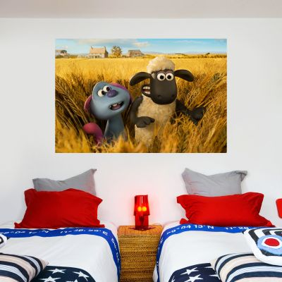Shaun The Sheep: Farmageddon Shaun And Lu-La Corn field Wall Sticker