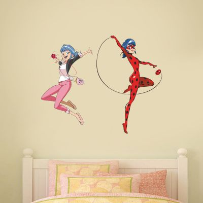 Miraculous - Marinette and Ladybug Wall Sticker
