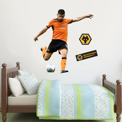 Wolves F.C. - Rúben Neves Shooting Player Decal + Wolves Wall Sticker Set