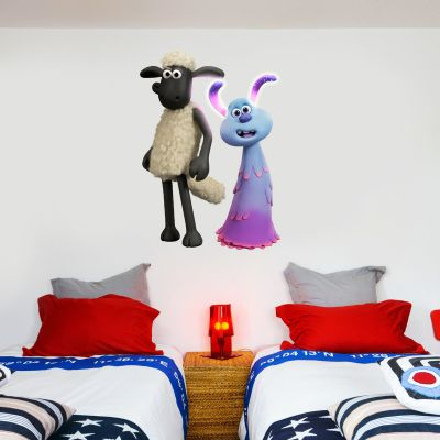 Shaun The Sheep: Farmageddon Shaun And Lu-La Wall Sticker
