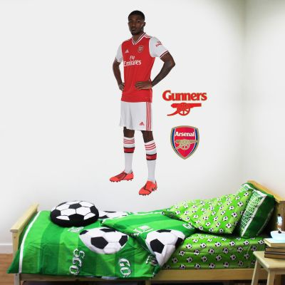 Arsenal FC - Ainsley Maitland-Niles Player Decal + Gunners Wall Sticker Set