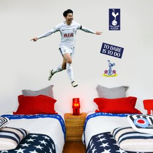 Tottenham Hotspur FC - Son Heung-min Celebrating Wall Mural + Spurs Wall Sticker Set