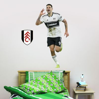 Fulham F.C. - Aleksander Mitrovic Player Wall Sticker + Bonus Fulham Crest Decal