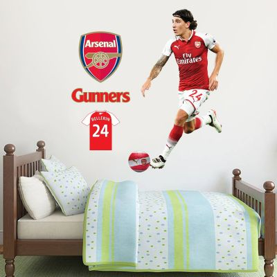 Héctor Bellerín Player Mural & Arsenal Football Club Wall Sticker Set
