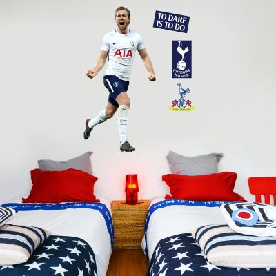 Tottenham Hotspur FC - Harry Kane Celebrating Wall Mural + Spurs Wall Sticker Set