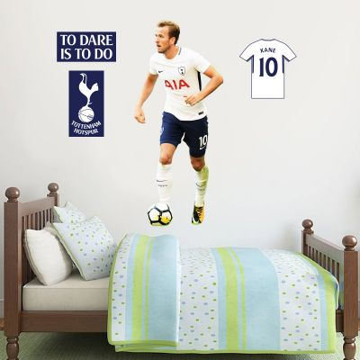 Harry Kane Wall Mural & Tottenham Hotspur Football Club Crest Set