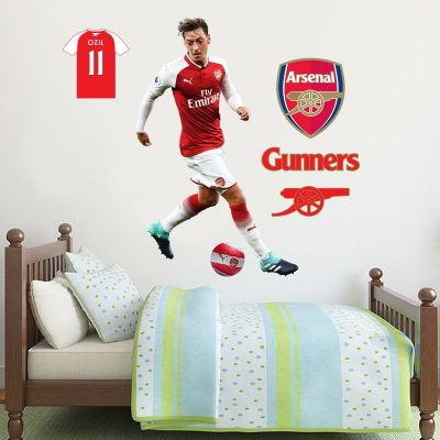 Arsenal FC - Mesut Özil Player Decal + Gunners Wall Sticker Set